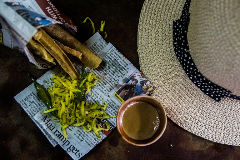 guests enjoying local calcutta life